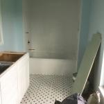 cabana-bath-and-girls-bathroom-009